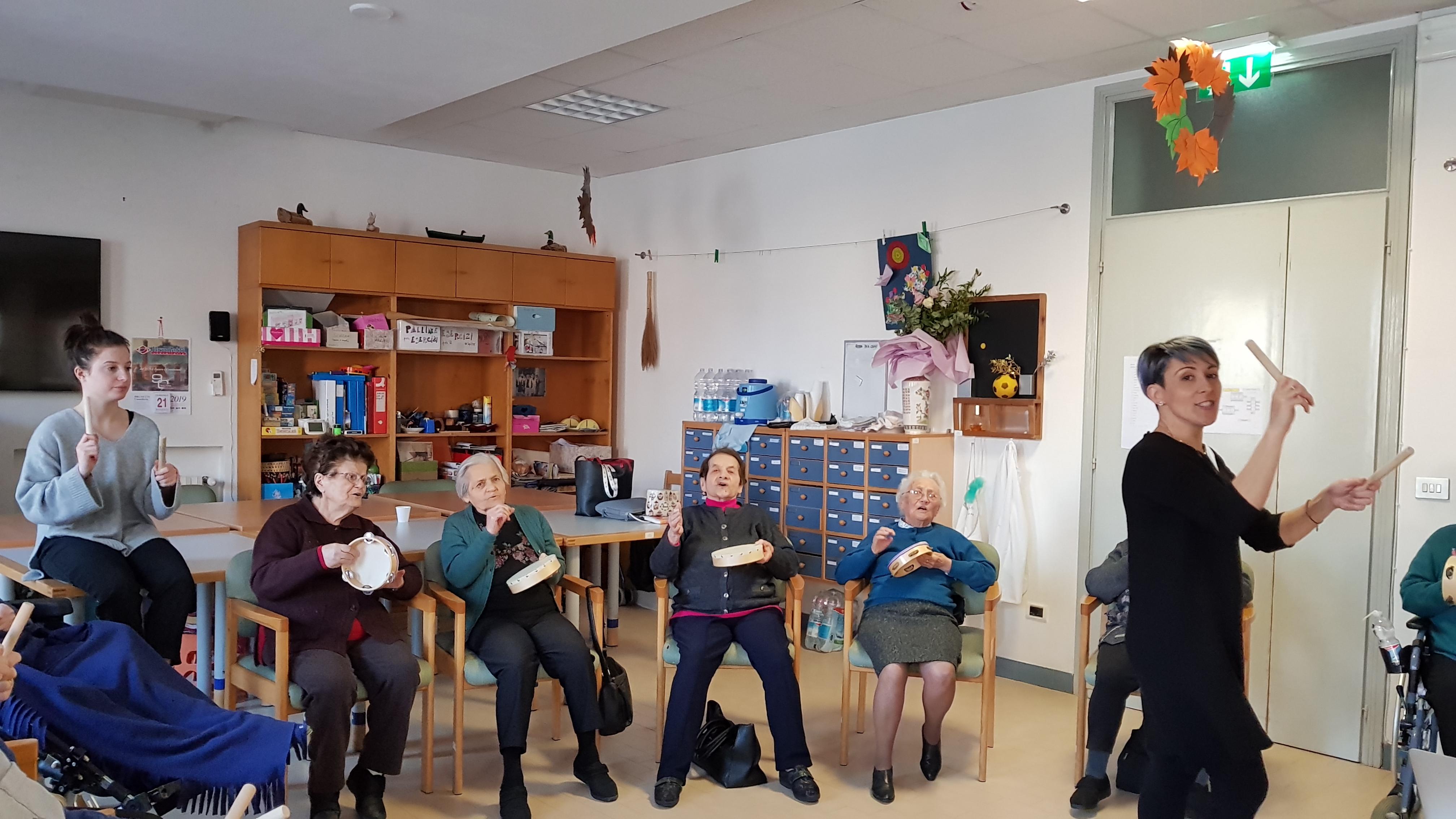 Lo Zalambani di S. Alberto festeggia il decennale del Coro dei Ricordi
